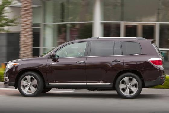 2013 Toyota Highlander: New Car Review featured image large thumb7