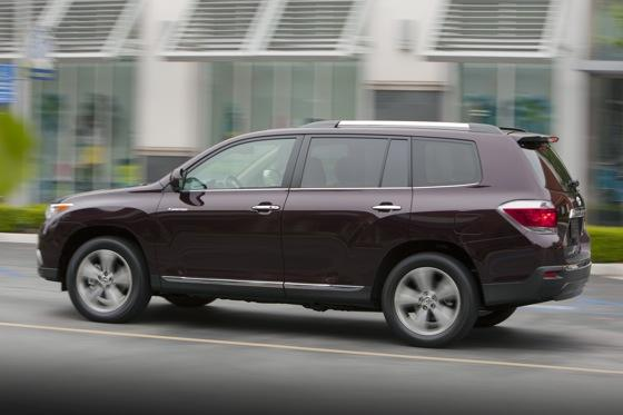 2012 Toyota Highlander: OEM Image Gallery featured image large thumb8
