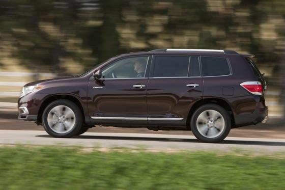 2012 Toyota Highlander: OEM Image Gallery featured image large thumb11