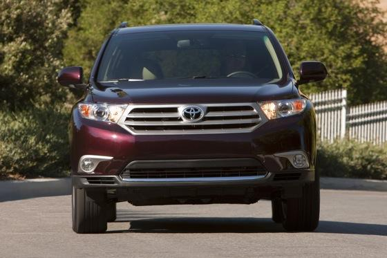 2012 Toyota Highlander: OEM Image Gallery featured image large thumb17