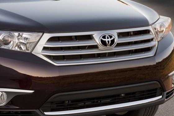 2012 Toyota Highlander: OEM Image Gallery featured image large thumb20