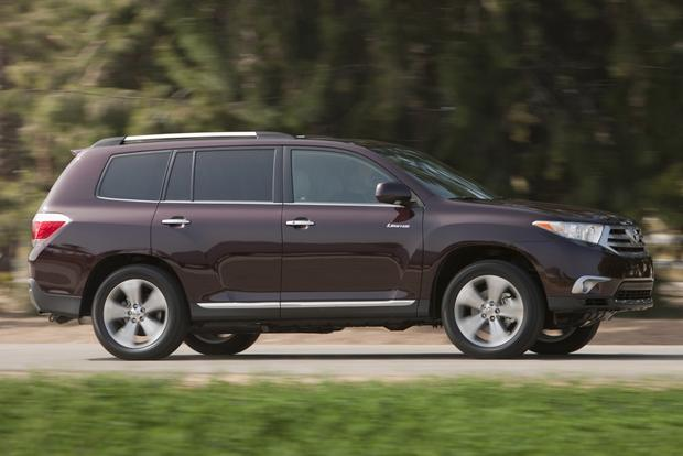 2013 vs. 2014 Toyota Highlander: What's the Difference? featured image large thumb1