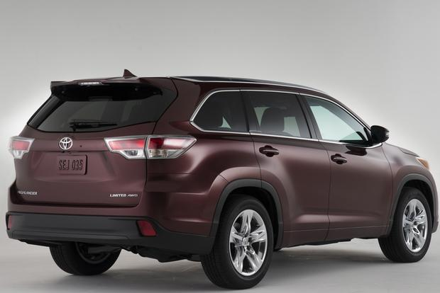 2014 Toyota Highlander vs. 2014 Lexus RX: What's the Difference? featured image large thumb3