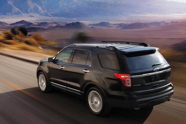 2014 Toyota Highlander vs. 2014 Ford Explorer: Which Is Better? featured image large thumb0