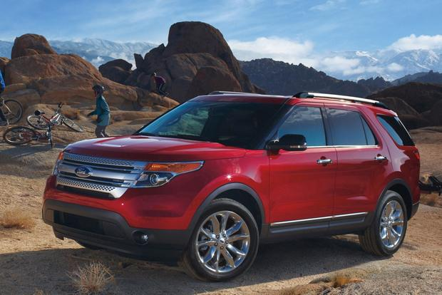 2014 Toyota Highlander vs. 2014 Ford Explorer: Which Is Better? featured image large thumb2