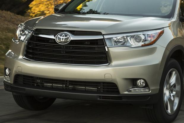 2014 Toyota Highlander vs. 2014 Ford Explorer: Which Is Better? featured image large thumb7