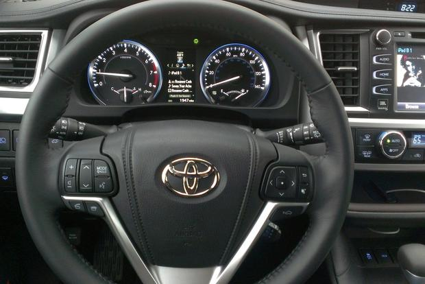 2014 Toyota Highlander Limited: Real World Review featured image large thumb3