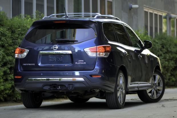 2014 Toyota Highlander vs. 2014 Nissan Pathfinder: Which Is Better? featured image large thumb7