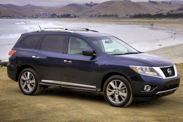 2014 Toyota Highlander vs. 2014 Nissan Pathfinder: Which Is Better? featured image large thumb5