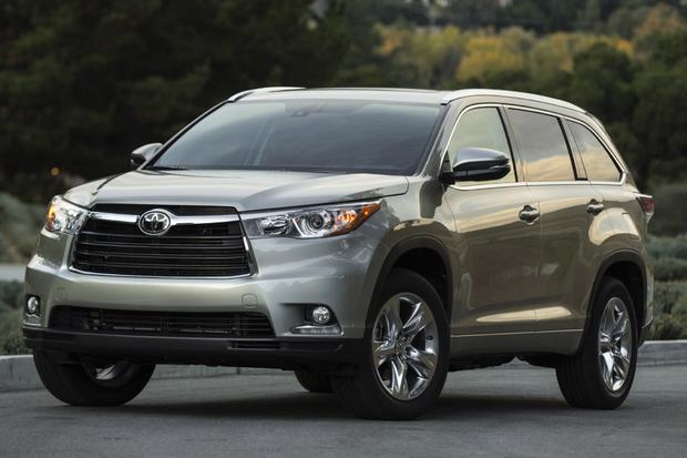 2014 Toyota Highlander vs. 2014 Honda Pilot: Which Is Better? featured image large thumb0