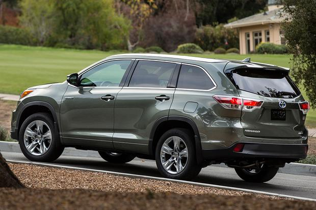 2015 Toyota Highlander Hybrid: New Car Review featured image large thumb1