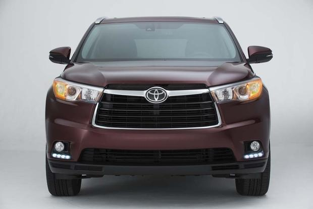 2016 Toyota Highlander: New Car Review featured image large thumb3