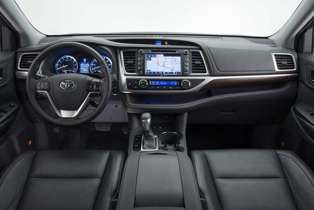 2016 Toyota Highlander New Car Review Featured Image Large Thumb5