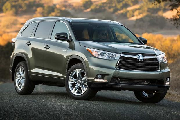 2016 Toyota Highlander Hybrid: New Car Review featured image large thumb2