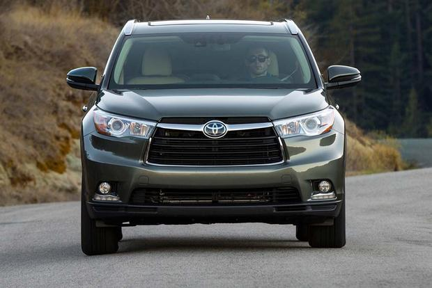2016 Toyota Highlander Hybrid: New Car Review featured image large thumb3