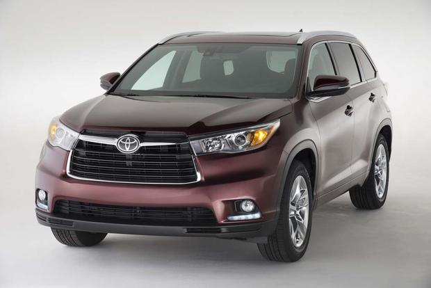 2016 vs 2017 toyota highlander what 39 s the difference autotrader. Black Bedroom Furniture Sets. Home Design Ideas