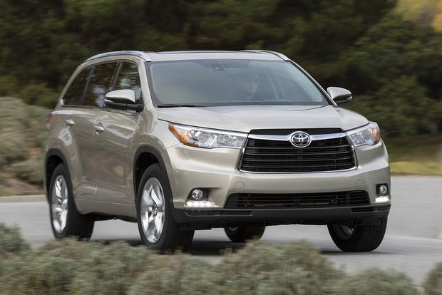 2016 Vs 2017 Toyota Highlander What 39 S The Difference Autotrader