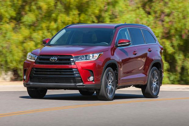 2016 vs. 2017 Toyota Highlander: What's the Difference?
