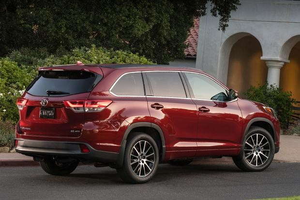 2016 Vs 2017 Toyota Highlander What S The Difference