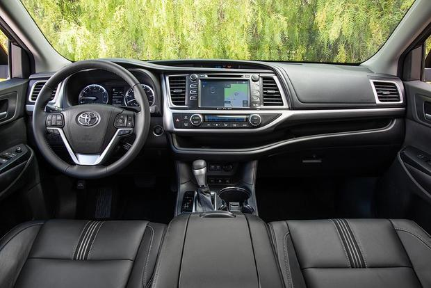 2016 vs  2017 Toyota Highlander: What's the Difference