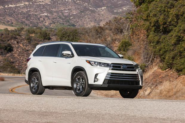 2017 Toyota Highlander Hybrid: New Car Review featured image large thumb2