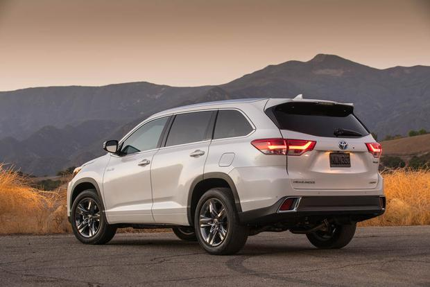 2018 Toyota Highlander Hybrid New Car Review Featured Image Large Thumb2