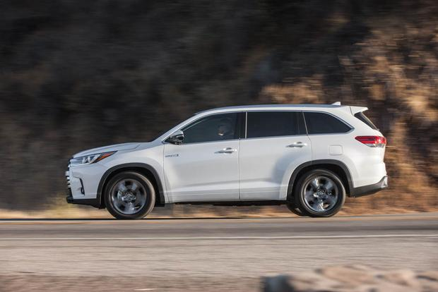 2018 Toyota Highlander Hybrid New Car Review Featured Image Large Thumb1