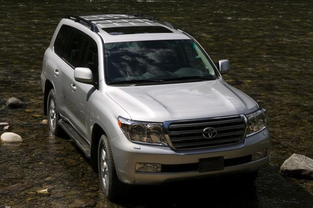 2008-2013 Toyota Land Cruiser featured image large thumb4