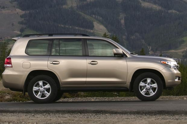 2008-2013 Toyota Land Cruiser featured image large thumb5