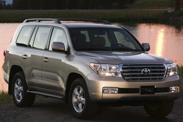 2008-2013 Toyota Land Cruiser featured image large thumb6