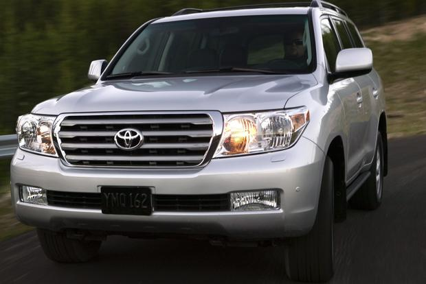 2008-2013 Toyota Land Cruiser featured image large thumb7