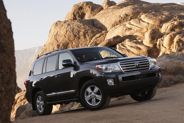 2014 Toyota Land Cruiser: New Car Review featured image large thumb0