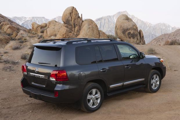 Toyota Fj Cruiser Uk Review >> 2014 Toyota Land Cruiser: New Car Review - Autotrader