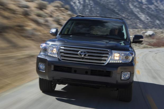 2014 toyota land cruiser: new car review - autotrader