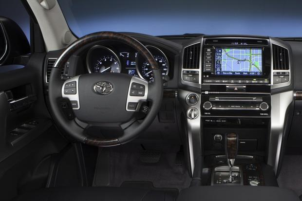 2015 Toyota Land Cruiser: New Car Review featured image large thumb5