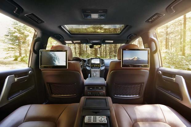 2016 Toyota Land Cruiser New Car Review