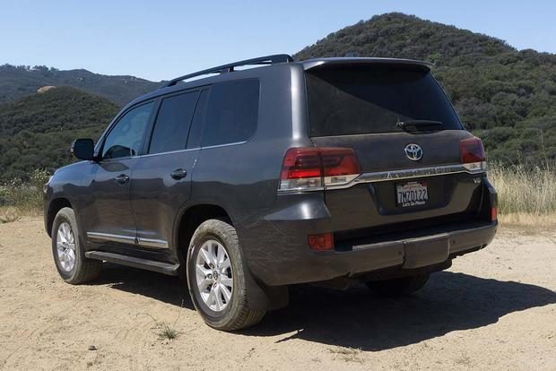 2016 Toyota Land Cruiser: Real World Review featured image large thumb5