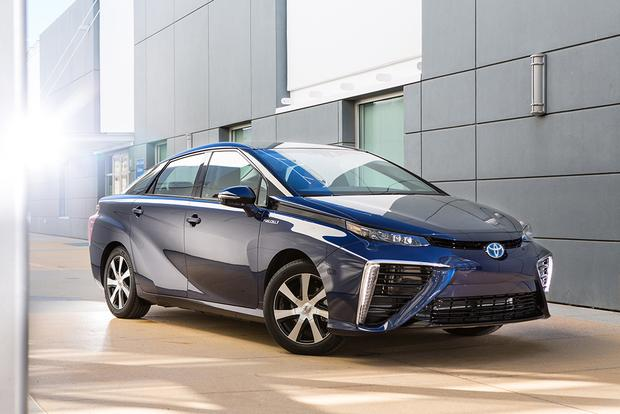2017 Toyota Mirai New Car Review Featured Image Large Thumb0