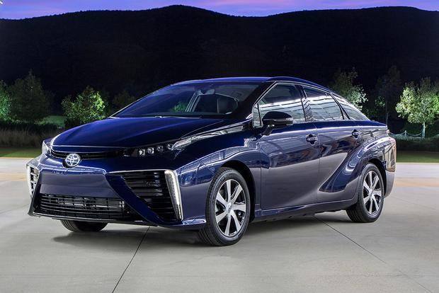 2017 Toyota Mirai: New Car Review featured image large thumb1