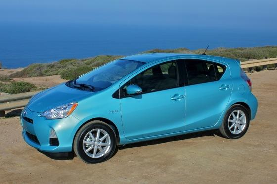 2013 Toyota Prius C: New Car Review featured image large thumb1
