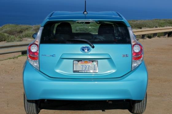 2013 Toyota Prius C: New Car Review featured image large thumb13