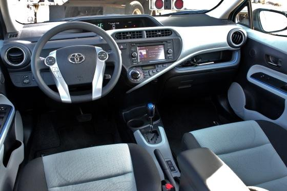 2013 Toyota Prius C: New Car Review featured image large thumb19