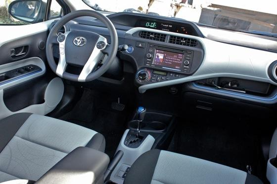 2013 Toyota Prius C: First Drive featured image large thumb20