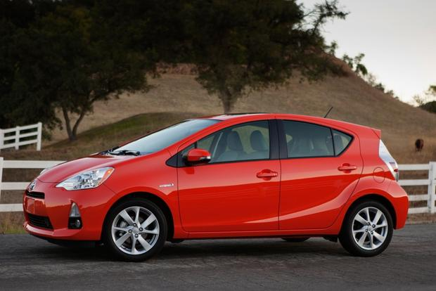 2014 Toyota Prius c: Real World Review featured image large thumb1