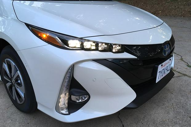 2018 Toyota Prius Prime: Long-Term Introduction featured image large thumb5