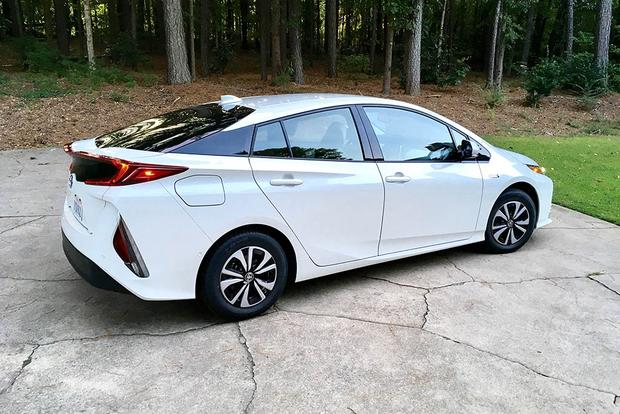 2018 toyota prius prime more impressions autotrader. Black Bedroom Furniture Sets. Home Design Ideas