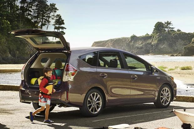 Prius v 2015 reviews