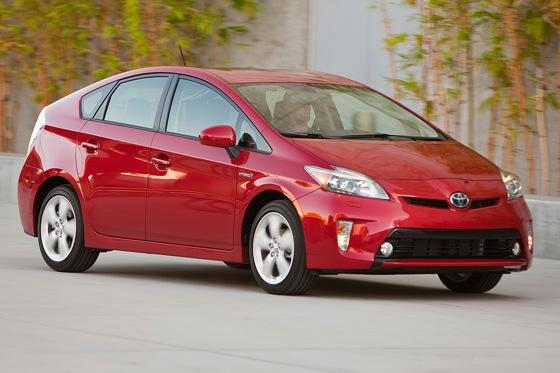 2012 Toyota Prius: New Car Review featured image large thumb9
