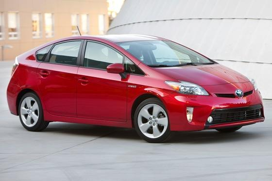 2012 Toyota Prius: New Car Review featured image large thumb14