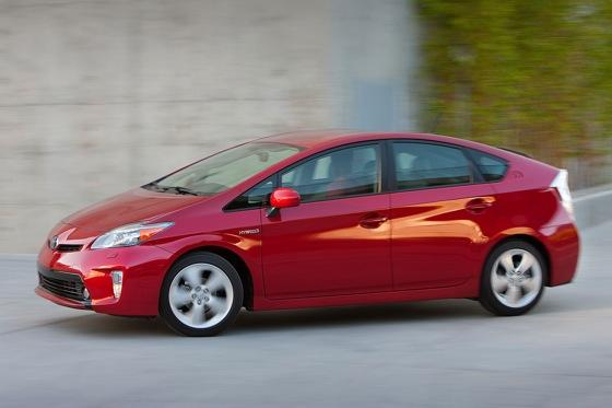 2012 Toyota Prius: New Car Review featured image large thumb15